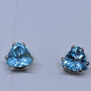 Jewelry - Vintage Blue Topaz Sterling Silver Stud Earrings